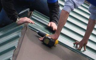 Как покрыть крышу профлистом своими руками: хитрости монтажа
